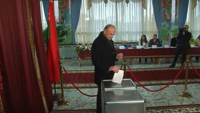 Belarusians head to the polls in Minsk