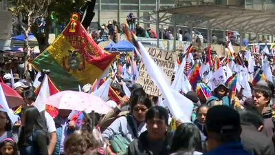 Bolivians march for peace in la Paz