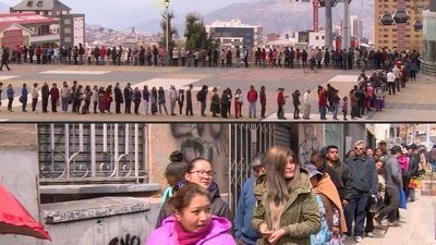 Bolivians queue in their thousands for chicken amid shortages