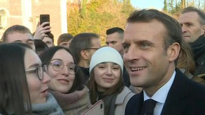Macron in Amiens: meeting with students in his hometown