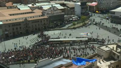 Thousands in Bolivia arrive in La Paz with funeral procession