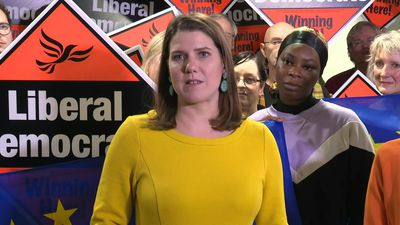 UK election: Lib Dem leader Jo Swinson addresses supporters in London