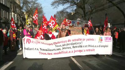 Thousands march in Bordeaux to protest pensions reform