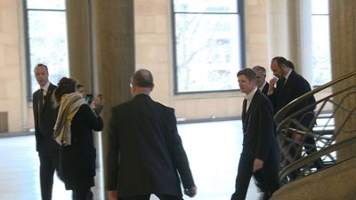 Arrival of French Prime Minister to unveil pension reform details