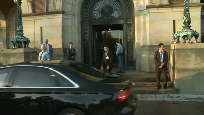 Aung San Suu Kyi arrives at ICJ for Rohingya genocide case