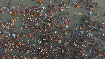 A million Hindus gather to take holy dip in the Ganges