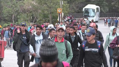 A long and arduous journey: Hondurans continue towards US