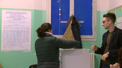 Italy election: polling stations open in key regional election