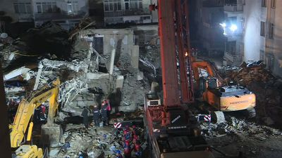 Turkey quake: Rescuers continue search for survivors in Elazig