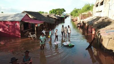 Torrential rain triggers flooding in Madagascar
