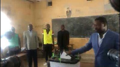 Togolese President Faure Gnassingbe casts his vote in Lome