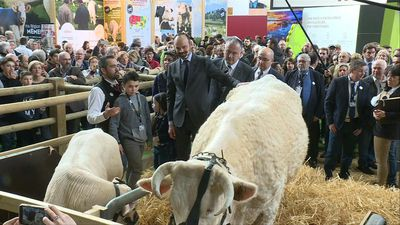 French PM meets farmers at the Paris International Agricultural Show