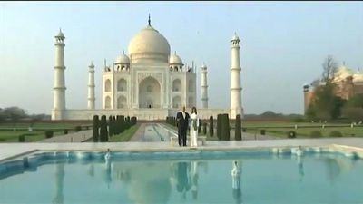 Trump and wife Melania tour Taj Mahal on India visit