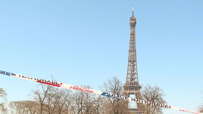 Coronavirus: area near Eiffel Tower deserted on 10th day of containment