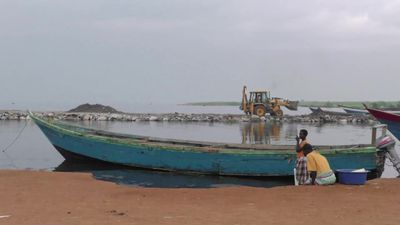 Delays and shattered hopes: Uganda still waiting for oil riches