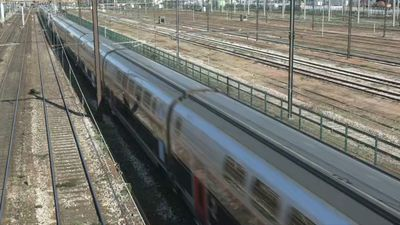 Coronavirus: First train evacuating patients to Brittany departs from Paris