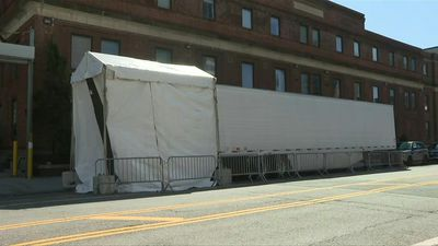 Brooklyn hospital gets refrigerated truck to deal with coronavirus death toll