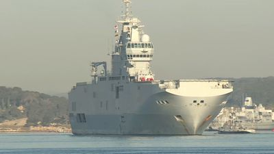 Coronavirus: France sends over one million masks to West Indies on navy ship