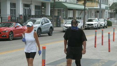 Ocean Drive deserted as Miami Beach mandatory mask rule kicks in