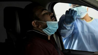 Coronavirus: Dubai opens drive through test centres