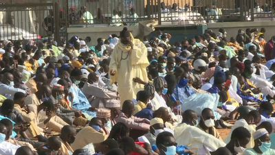 Senegal: worshippers gather for Eid prayers in Dakar