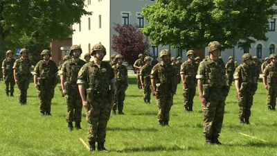 Swiss soldiers hold ceremony to mark end of emergency COVID-19 mobilisation