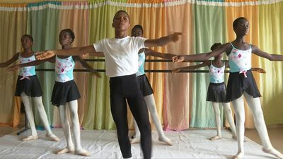 Nigerian dancer brings ballet to the poor in Lagos