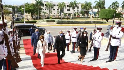 Dominican Republic's president-elect visits National Palace