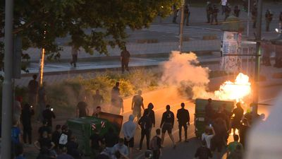 Protests turn violent in Belgrade over government's handling of coronavirus