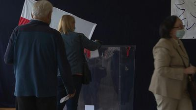 Residents of Polish capital vote in presidential election