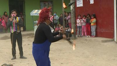 With circuses closed, four clowns in Lima bring the show to people