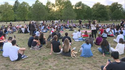 Vigil held in London's Kensington Gardens to honour victims of Beirut blast
