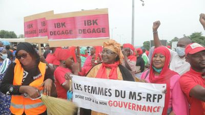 Mali protesters rally to demand president resign