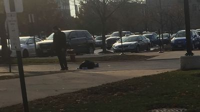 Man took cell photos of Chicago hospital shooter