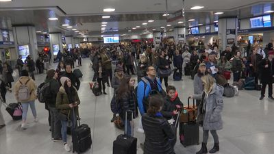 Thanksgiving rush gets off to a good start in NYC