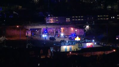 Chicago police: 2 officers hit by train die