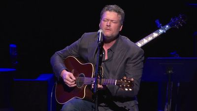 Country stars remember Troy Gentry at fundraiser