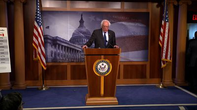 Sexual harrassment claim prompts Sanders apology