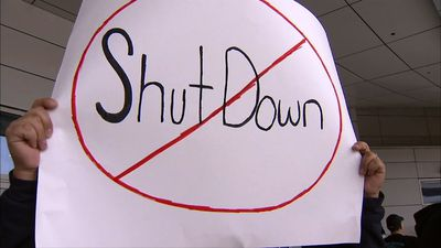 Shutdown protest outside Dallas-Fort Worth Airport