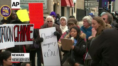 NJ protesters against Trump natl' emergency plans