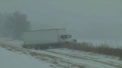 Winter weather hammers US midwest, east coast