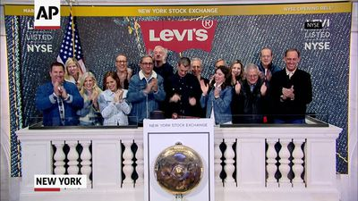 Levi Strauss goes public again