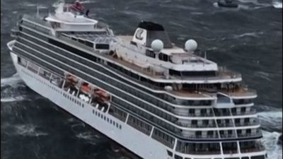 Helicopters rescue Norway cruise ship passengers