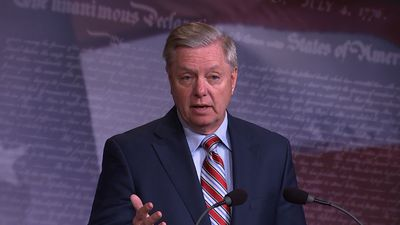 Graham eyes FBI use of dossier in Russia probe