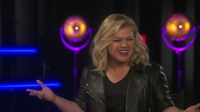 Kelly Clarkson's 'Game of Thrones' thoughts