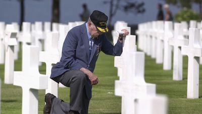 Veterans recall D-Day horror and triumph