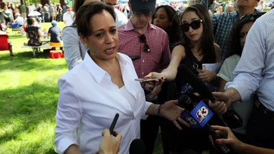 Harris in Iowa, discusses Trump and other topics