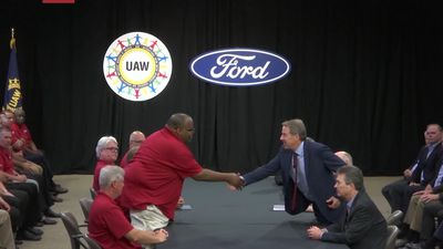Auto workers want bigger slice of profits