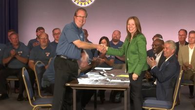 """UAW head to GM: """"It's your turn to invest in us"""""""