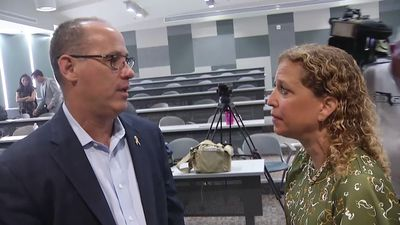 Rep. Schultz pushes for background checks for guns